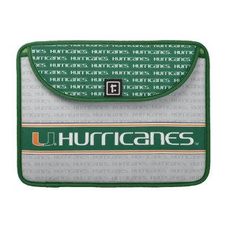 Universidad de la marca secundaria de los huracane fundas para macbook pro