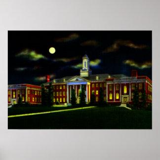 Universidad de Omaha Nebraska de Omaha en la noche Posters