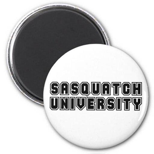 Universidad de Sasquatch Imán Redondo 5 Cm
