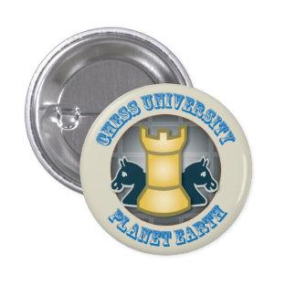 Universidad del ajedrez en emblema de la tierra de pin redondo 2,5 cm