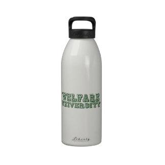 Universidad del bienestar botellas de agua reutilizables