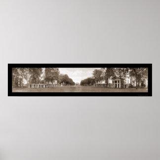 Universidad del césped de la foto enorme 1911 de V Póster
