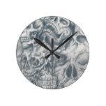 universidad del cráneo relojes de pared