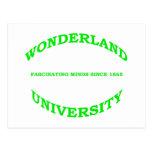 Universidad del país de las maravillas postales