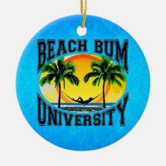 Universidad del vago de la playa ornatos