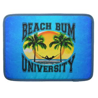 Universidad del vago de la playa fundas para macbooks