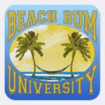 Universidad del vago de la playa calcomanía cuadrada