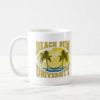 Universidad del vago de la playa taza clásica