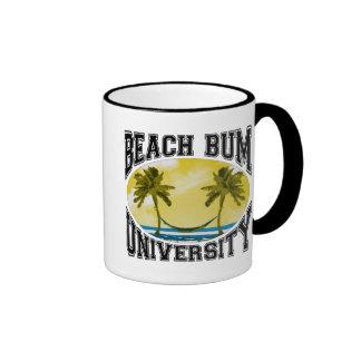 Universidad del vago de la playa taza de dos colores