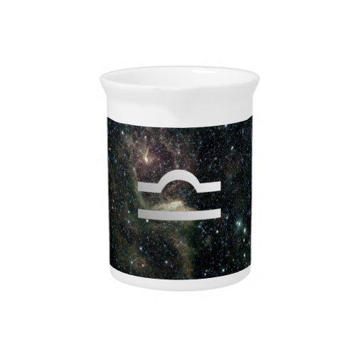 Universo de la muestra de la estrella del zodiaco  jarra de beber