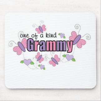 Uno de un Grammy bueno Tapetes De Ratón