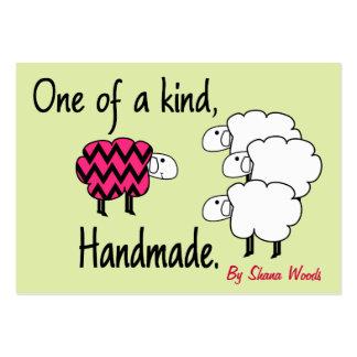 Uno de una etiqueta colgante buena de las ovejas r tarjetas personales