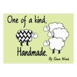 Uno de una etiqueta colgante buena de las ovejas tarjeta de negocio