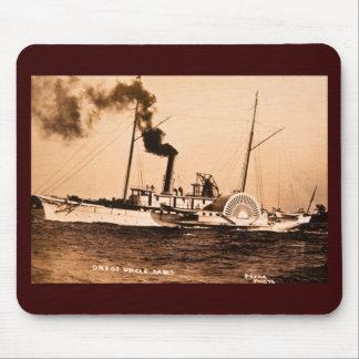Uno del vintage Great Lakes de Louis Pesha del tío Alfombrillas De Raton