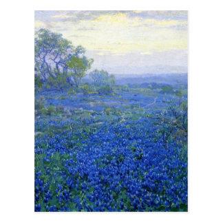 Uno-nublado-día-bluebonnets julianos de Roberto Tarjeta Postal