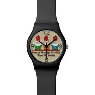 Uno por uno los gnomos roban mi cordura relojes de mano