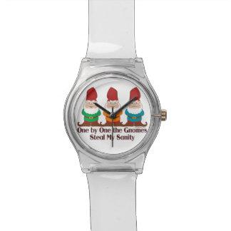 Uno por uno los gnomos roban mi cordura relojes de pulsera