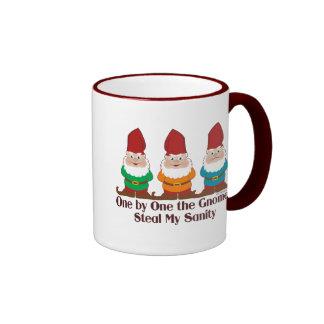 Uno por uno los gnomos tazas de café