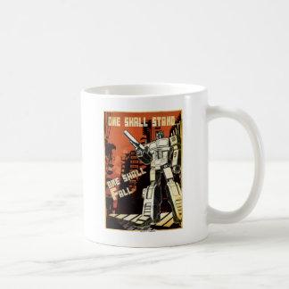 Uno se colocará (urbano) tazas de café