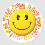 Uno solamente sonriente pegatinas redondas