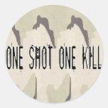 Uno tiró una matanza etiquetas redondas