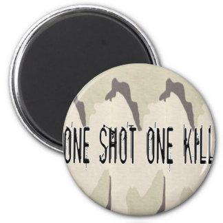 Uno tiró una matanza imán redondo 5 cm