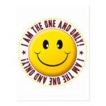 Uno y solamente sonriente tarjetas postales