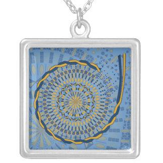 Unravel Necklace