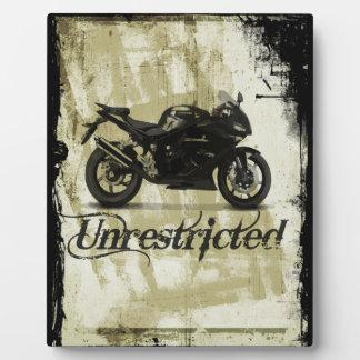 UNRESTRICTED GRUNGE MOTORCYCLE MOTORBIKE GANG MOTT PLAQUE