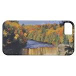 Upper Tahquamenon Falls in UP Michigan in autumn iPhone SE/5/5s Case