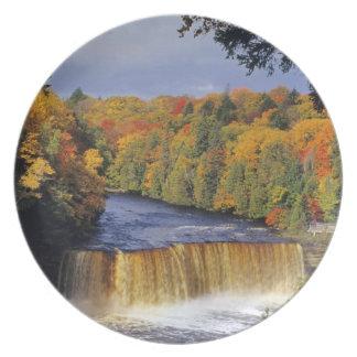 Upper Tahquamenon Falls in UP Michigan in autumn Plates