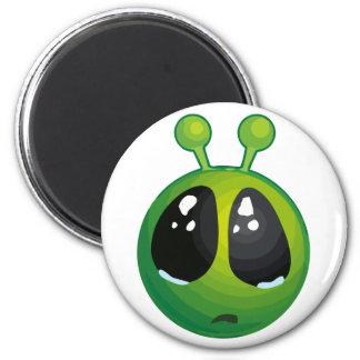 Upset alien 2 inch round magnet