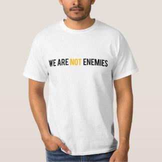 UR no somos camiseta de los enemigos