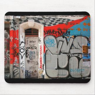 Urban art graffitis mouse pad