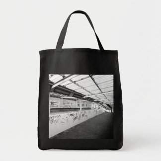 URBAN CHIC - LONDON Grocery Tote Bag