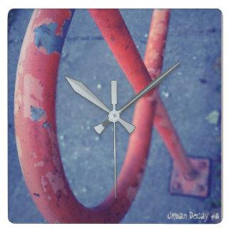 Urban Decay #8 Clock