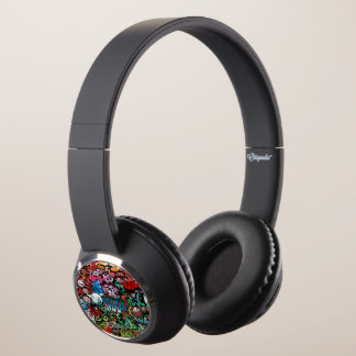 Urban street art Graffiti characters pattern Headphones