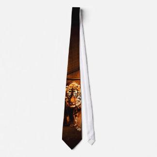 Urban tiger neck tie