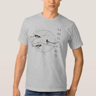 Urraca, colección del pájaro de la acuarela, remera