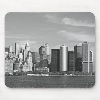 US Cityscape: New York Skyline #2 [Grayscale] Mouse Pad