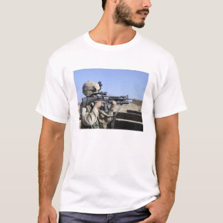 US Marine sites through the scope T-Shirt