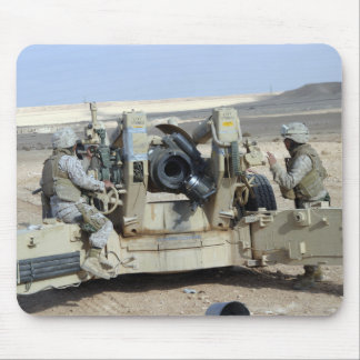 US Marines prepare to fire a howitzer Mouse Pad