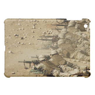 US Navy Seabees fire M-4 and M-16A2 rifles Cover For The iPad Mini
