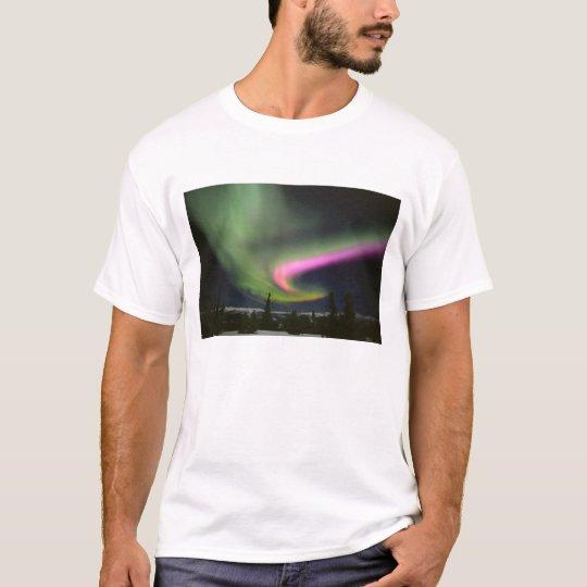 USA, Alaska, Chena Hot Springs. Aurora 2 T-Shirt