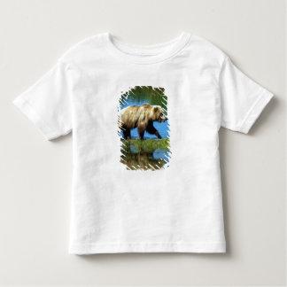 USA, Alaska, Katmai National Park, Grizzly 2 Toddler T-shirt
