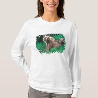 USA, Alaska, Katmai National Park, Grizzly 5 T-Shirt