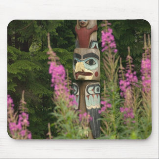 USA, Alaska, Ketchikan, Totem Bight State Mouse Pad