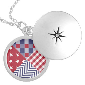 USA Americana Diagonal Red White & Blue Quilt Round Locket Necklace