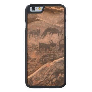 USA, Arizona, Coconino National Forest, Palatki Carved Maple iPhone 6 Case