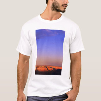 USA, Arizona, Grand Canyon NP. Moon in sky as T-Shirt